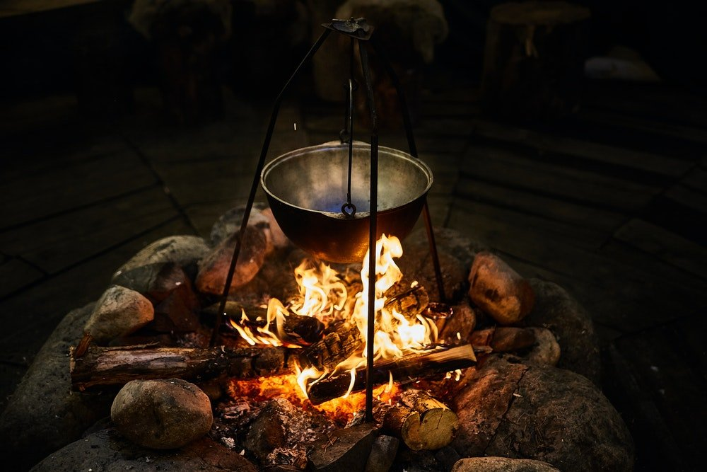 campfire-cooking-equipment